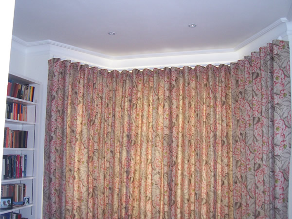 wave system curtains on Silent Gliss Metropole