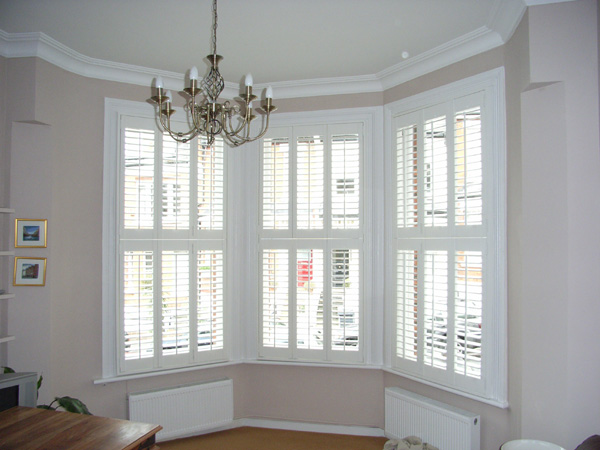 silk white tier on tier shutters with 63mm louvres