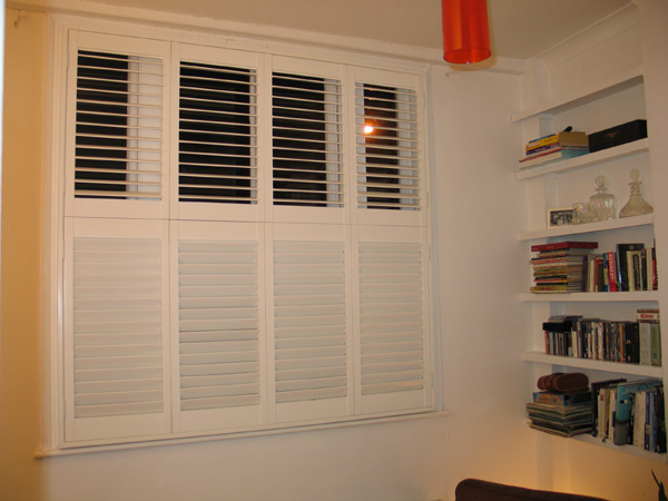 Tier on tier shutters with 63mm louvres and hidden tilt rod