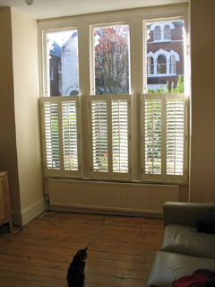 Cafe height 47mm louvres in silk white Tufnell Park