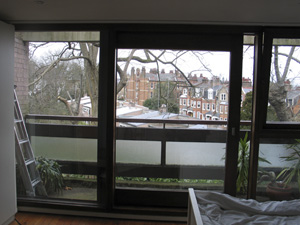 Vertical blind with Left-Hand Stack and Right-Hand control