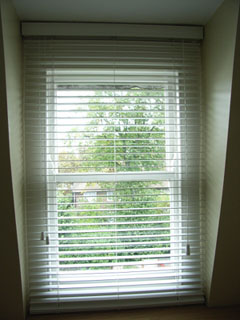 White woodslat venetian blind with 35mm slats, cord tilt and cord raise and lower Crouch End